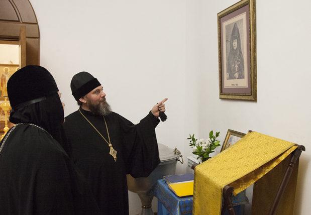 Балашовский Покровский женский монастырь посетила комиссия по делам монастырей и монашества